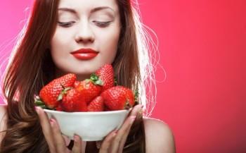 Organic fruit - Strawberries