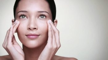 Remedies to stop eliminate bags under your eyes e-bag-remedies-e1456472414462