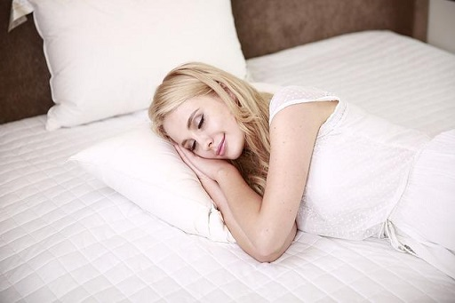 get plenty of sleep to reduce wrinkles