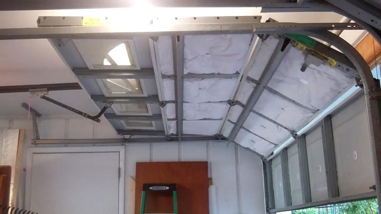 Tips to insulate your garage