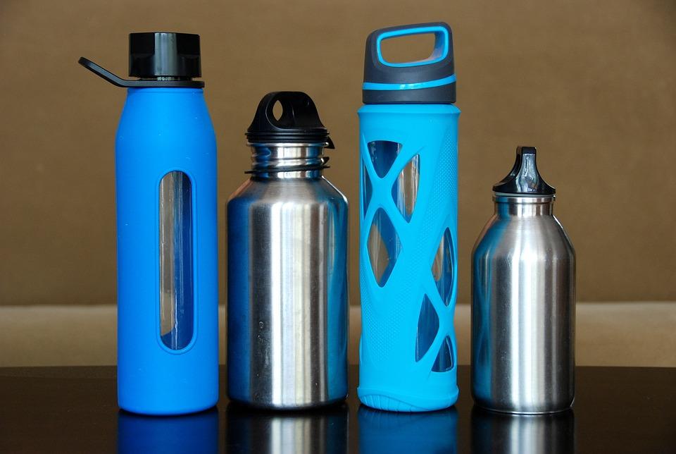 Reduce plastic use resuabe water bottle
