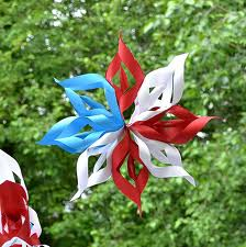 """""""Green Independence Day - Recycle Decorations"""""""