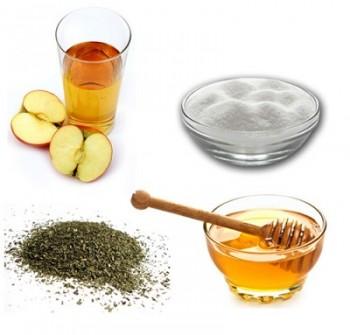 Honey and Apple Cider Vinegar Anti-Acne Facial Scrub