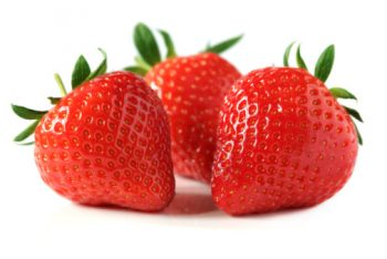 Organic fruits Strawberry