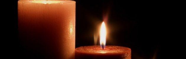 Autumn brning candles