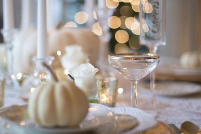 holiday-table-1926946_960_720
