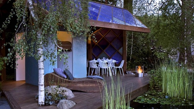 maximize small outdoor spaces