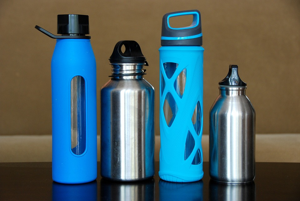 Reduce plastic use resuabe water bottle